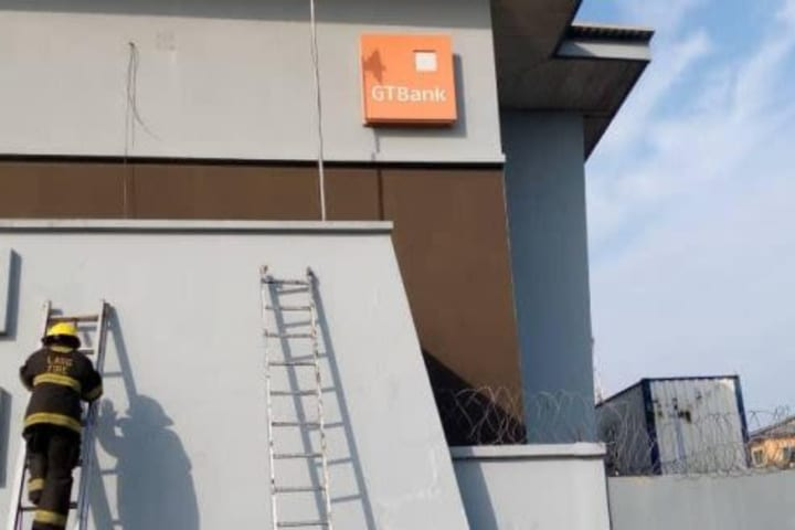 JUST IN: Fire guts GTBank in Lagos