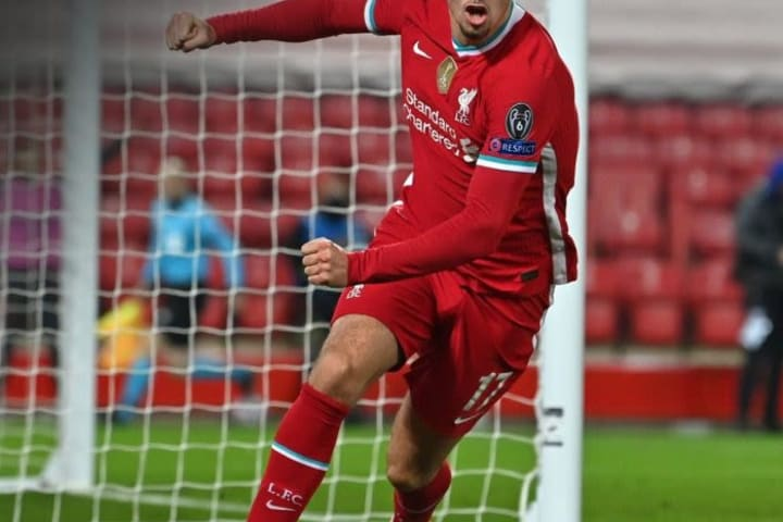 Curtis Jones lone goal lands Liverpool in UCL knockout stage