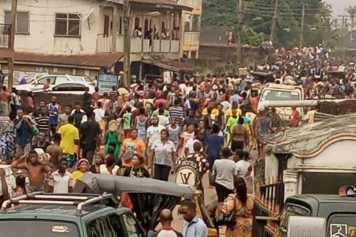 #EndSARS: Residents loot COVID-19 palliatives in Benin