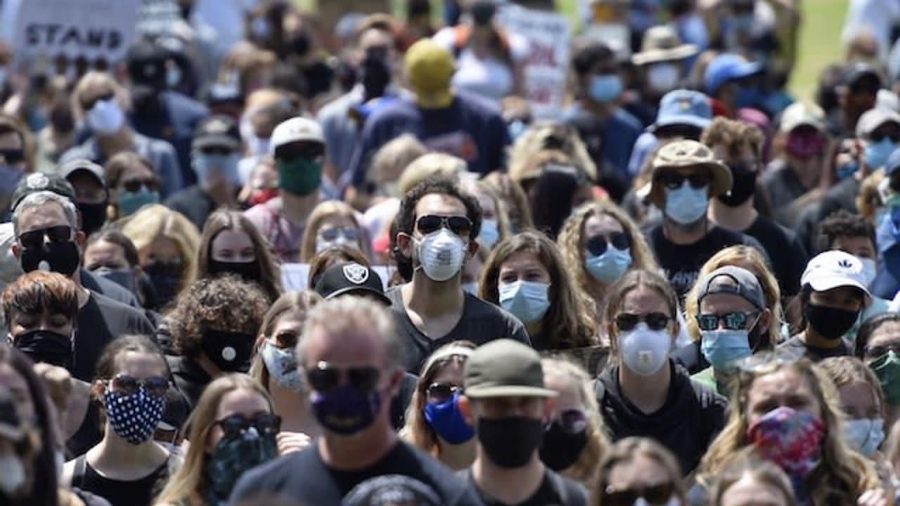 U.S. sets new daily coronavirus record
