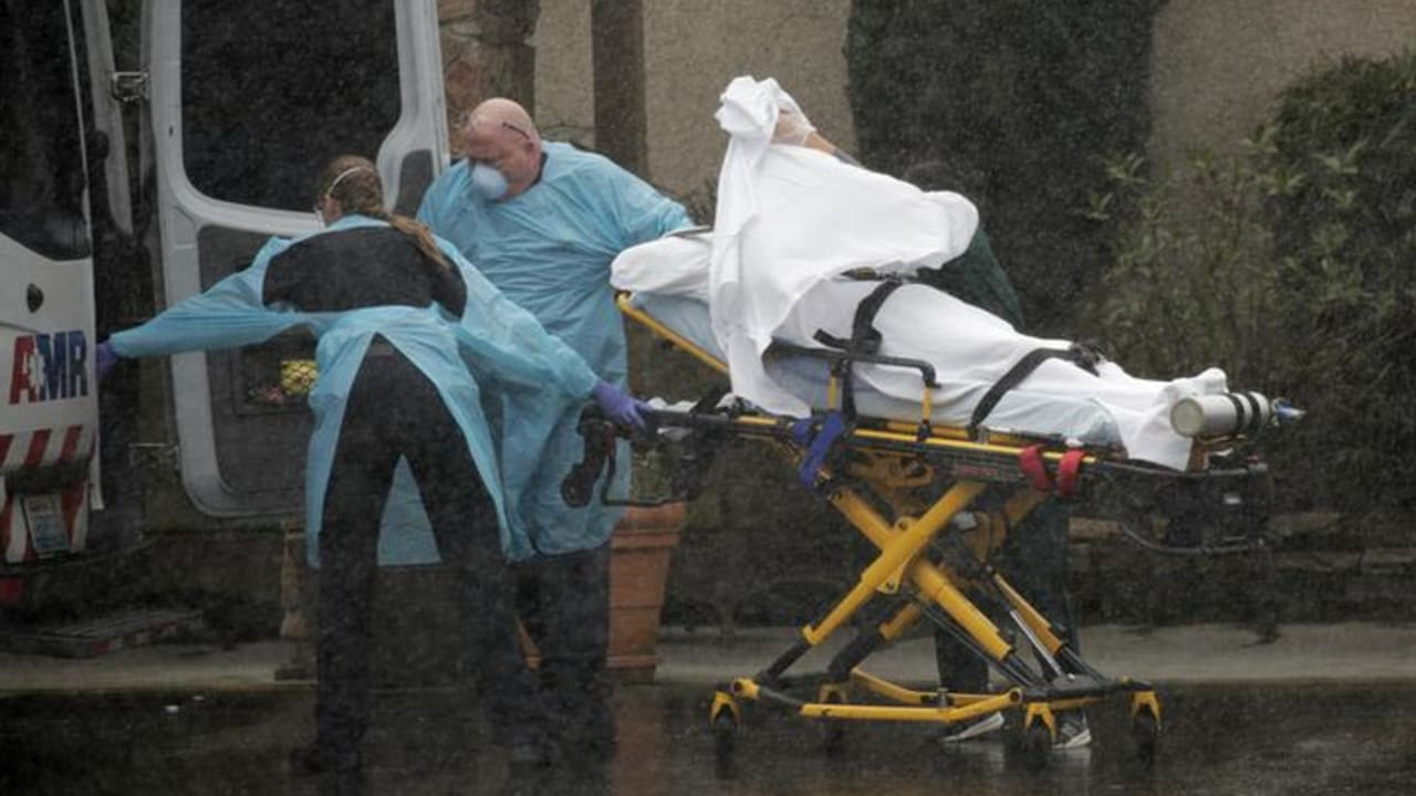 U.S. in COVID-19 relief as cases, deaths fall