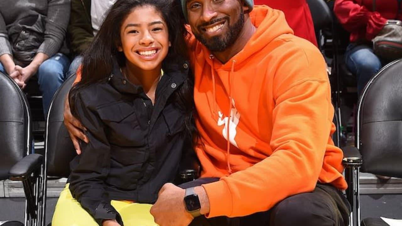 """We miss you"": Vanessa, fans remember Kobe Bryant"