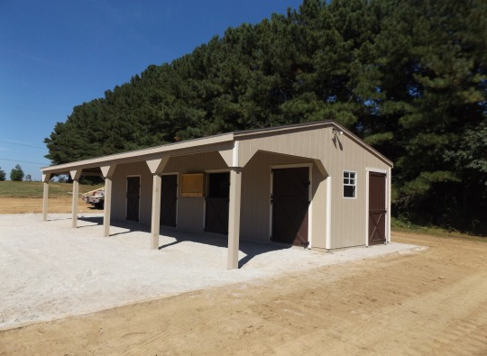 horse barn overhang