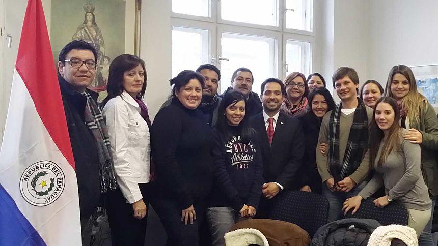 Profesores del Colegio Alemán Concordia de Paraguay visitan la Embajada