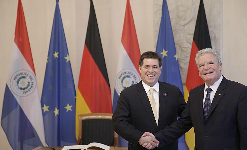 Foto 1 Besuch an Gauck