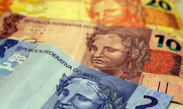 Campanha que possibilita quitar dívidas de até R$ 1 mil pagando R$ 100 termina hoje (08)