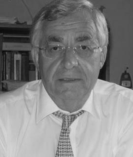 På bildet advokat Ove Jan Ommundsen