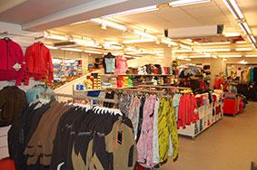 butikkinnredning butikkinteriør i sport forretning