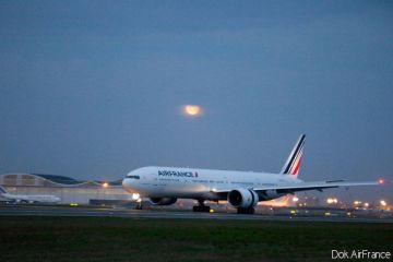 Air France - B777-300