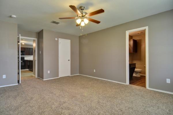 Property Image - 2941 Marsh Dr., Lancaster, TX, 75134