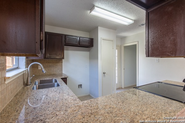 Property Image - 5222 Misty Hill Dr., San Antonio, TX, 78250