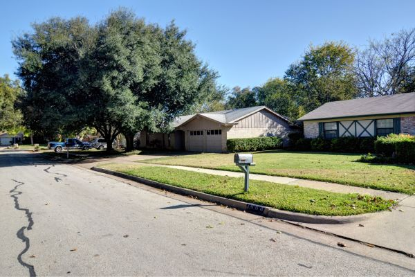 Property Image - 1010 Wembley Ave., Arlington, TX, 76014
