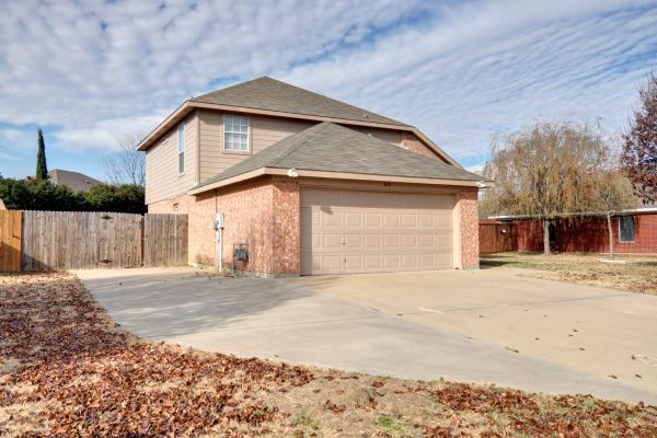 Property Image - 329 Beaumont Dr., Weatherford, TX, 76086