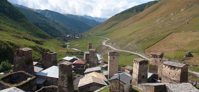 Вид на одно из поселений в Ушгули