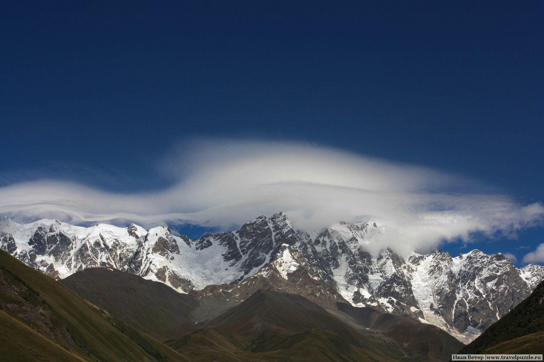 Гора Шхара во всей красе