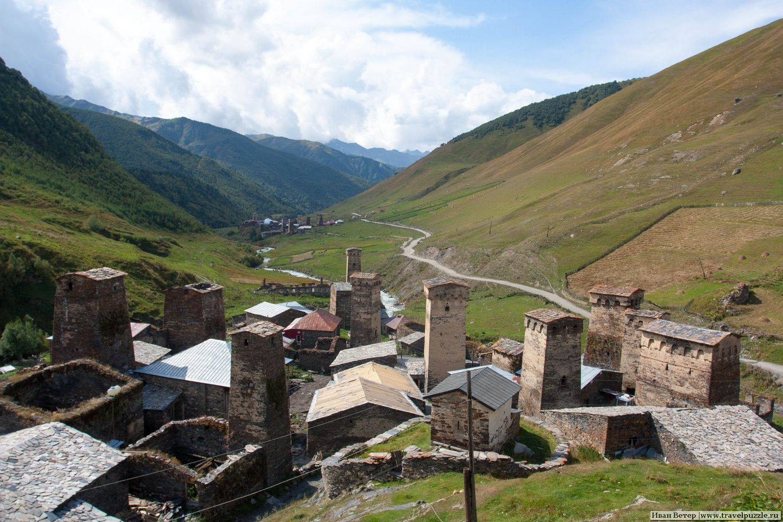 Восхитительный вид на одно из поселений в Ушгули