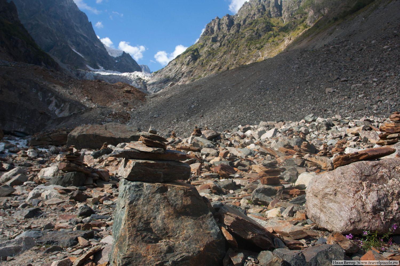 Осыпи ледника Чаалади