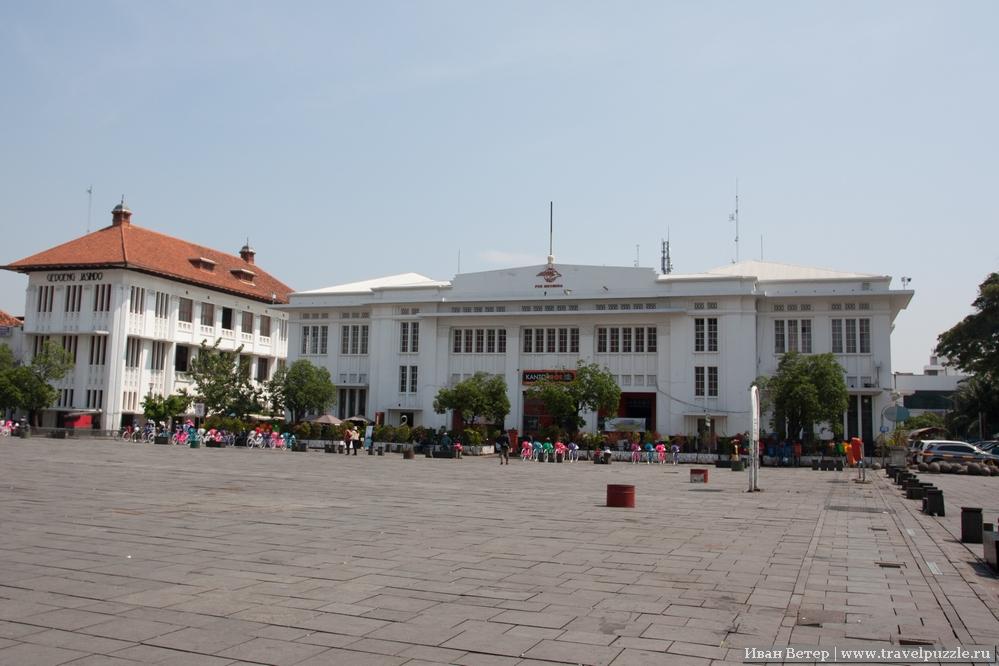 Почта Индонезии в Джакарте