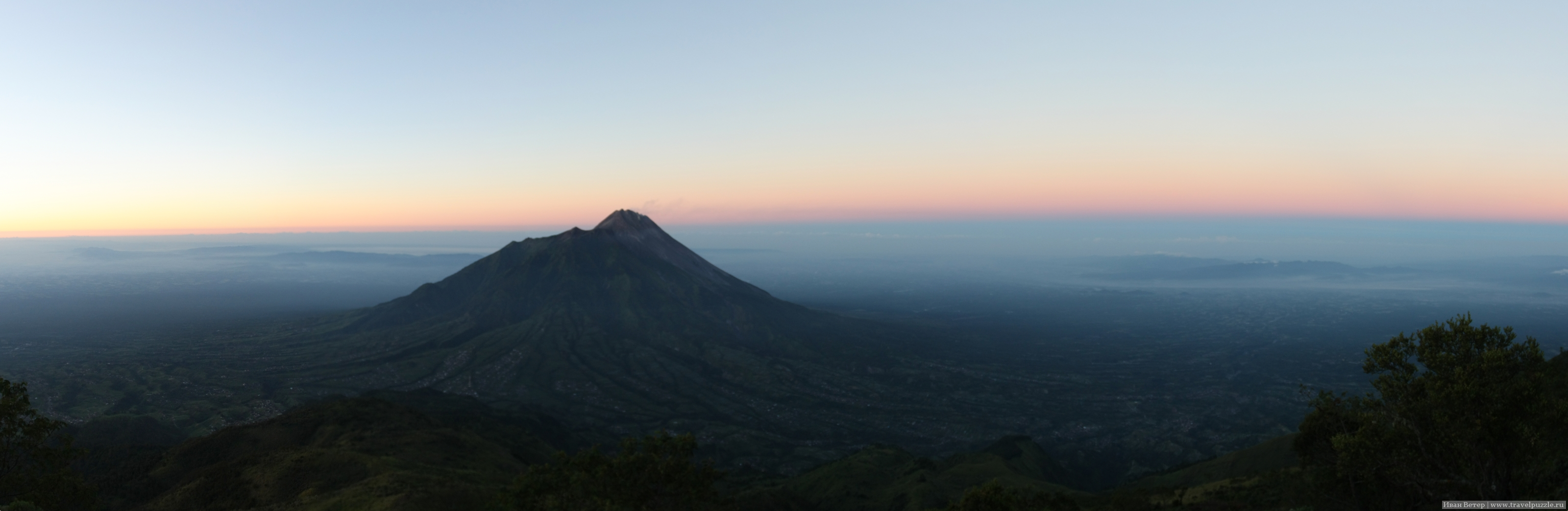 Рассветная панорама с Мербабу