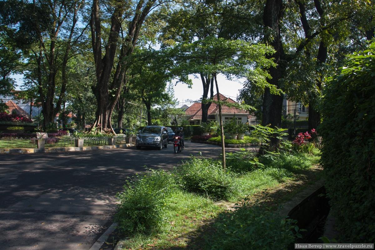 Дорогие кварталы Бандунга