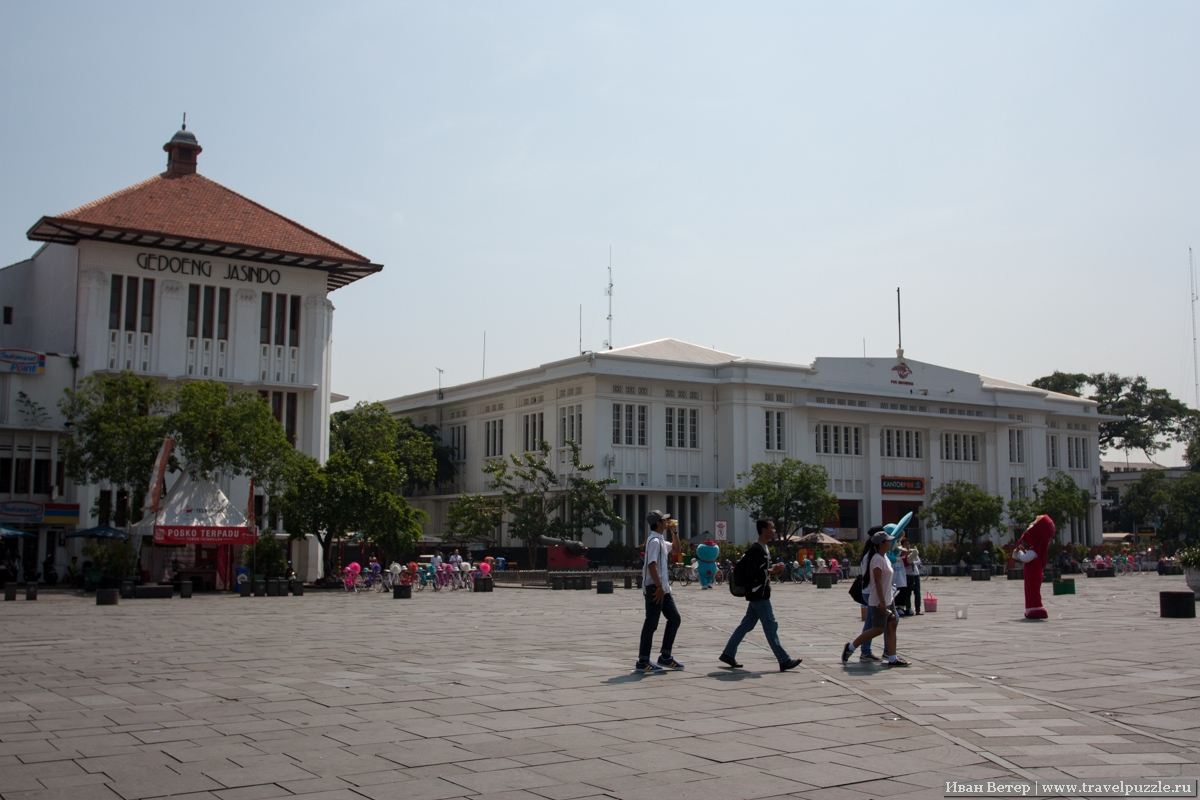 Центральная площадь Батавии