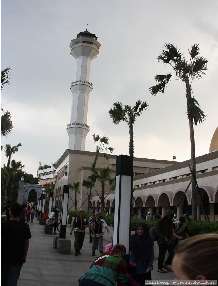 Большая мечеть Бандунга