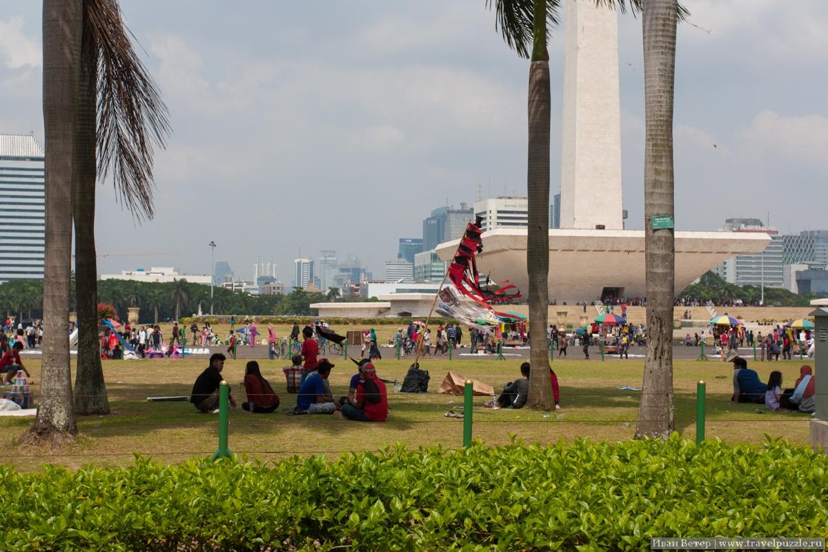 Джакарта, площадь Монаса