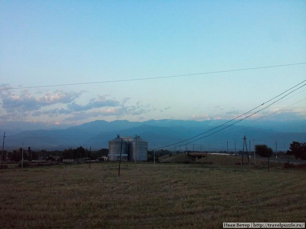 город Шеки в горах