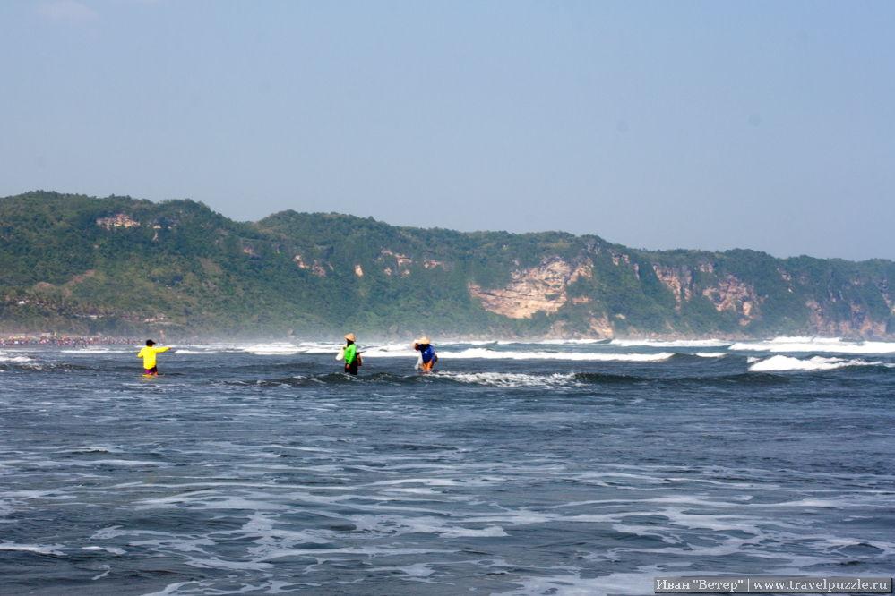 Вид пляжа Парангритис