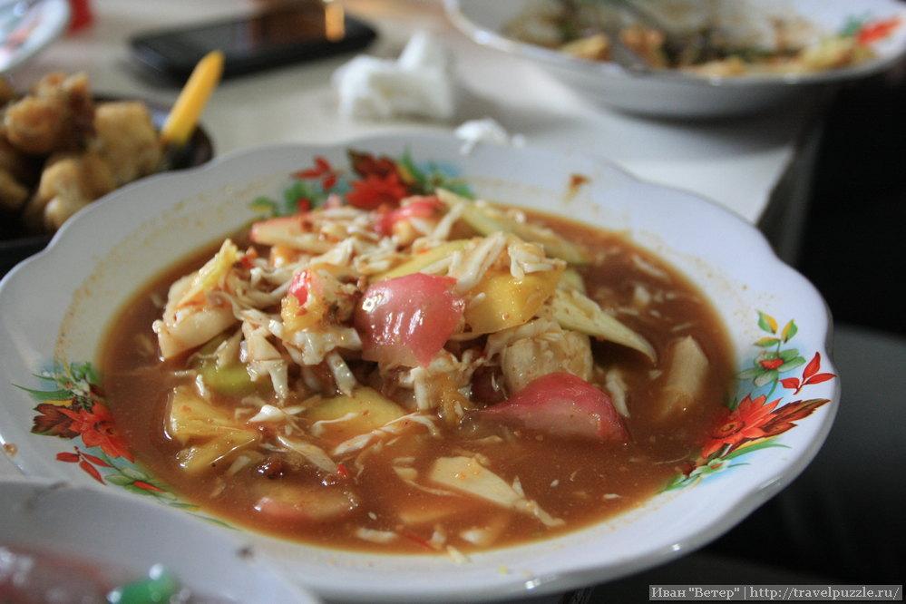 Более традиционный для Азии суп. Интересно но тайские супы мне как-то уже привычнее.