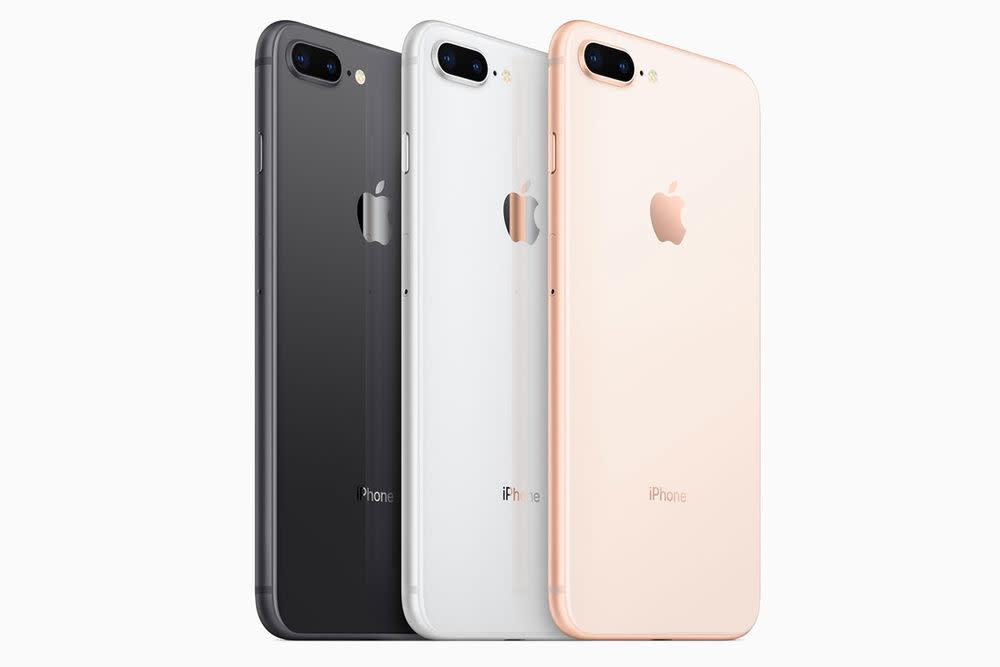 Preis und Verfügbarkeit: iPhone 8 ab 799 Euro, iPhone 8 Plus ab 909 Euro.