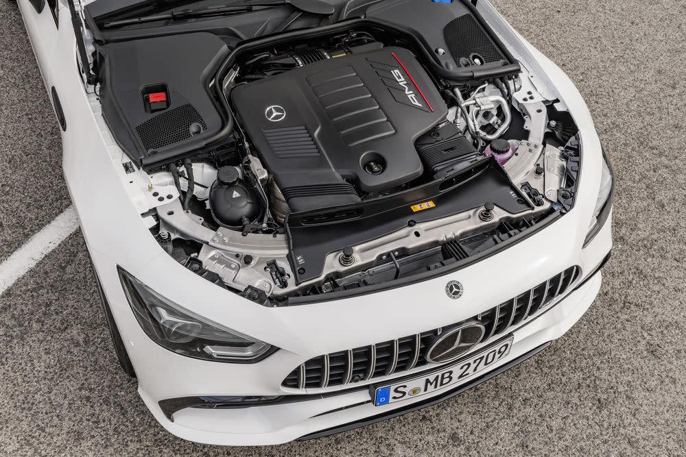 Der Motorraum des neuen Mercedes-AMG GT 53