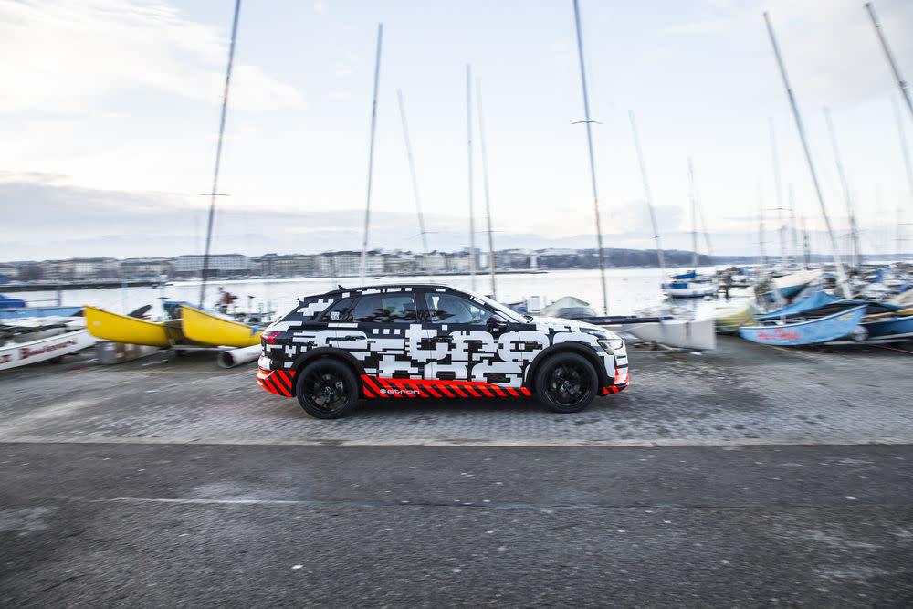Audi verspricht für seinen ersten Elektro-SUV eine Akkukapazität von rund 95 kWh, das dürfte für eine Reichweite von gut 500 Kilometern reichen.