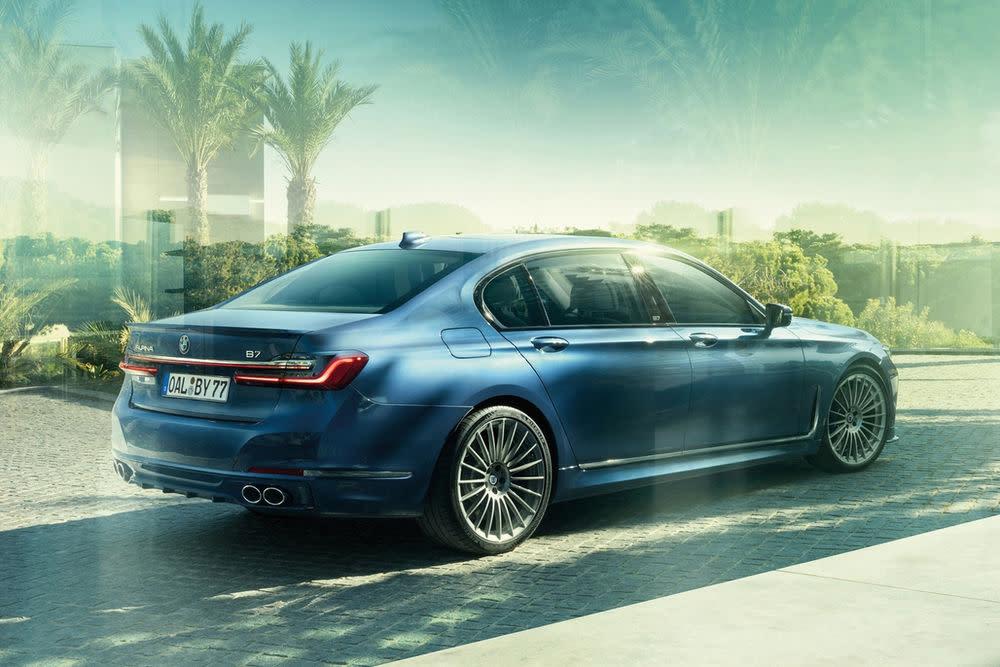 Der BMW Alpina B7 kann sich auch von hinten mehr als sehen lassen.