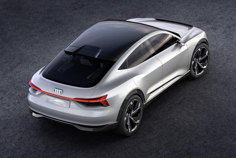 Das unter diesem Arbeitstitel verbuchte Modell werde technisch auf dem Porsche Mission E basieren.