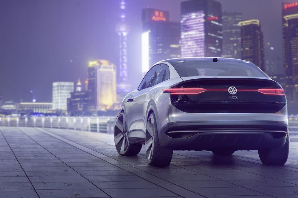 Der VW I.D.Crozz setzt die Tradition der neuen I.D.-Showcars fort. Zuletzt gab es bereits in Form des VW I.D....