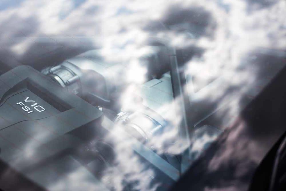 Audi R8 Coupé V10 RWS, Motor
