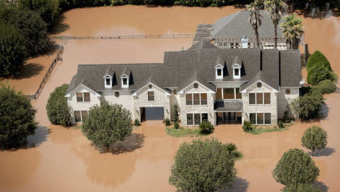 Warum Stadtplaner Hochwasser hereinlassen statt aussperren wollen