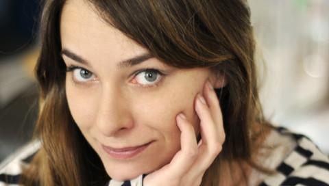 """""""Heute posen im Internet nur noch die Gewinner"""": Autorin Titiou Lecoq im Interview"""