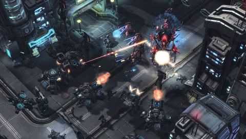 DeepMind: Googles KI spielt StarCraft II