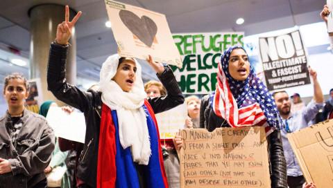 Immer mehr Tech-Firmen wehren sich gegen Trumps Einreiseverbot