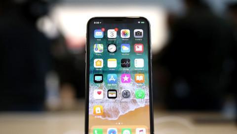 Apple bestätigt iPhone X Plus in iOS