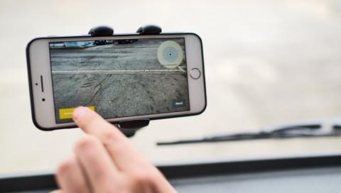 Dieses Start-Up will Schlaglöcher mit Smartphones und KI aufspüren