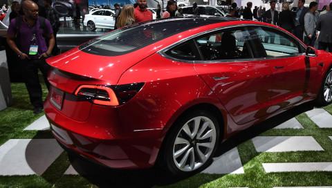 Tesla produziert zu viele fehlerhafte Teile für sein Model 3