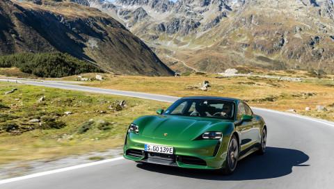 Beschleunigungs-Maschine Porsche Taycan: Catch me if you can!