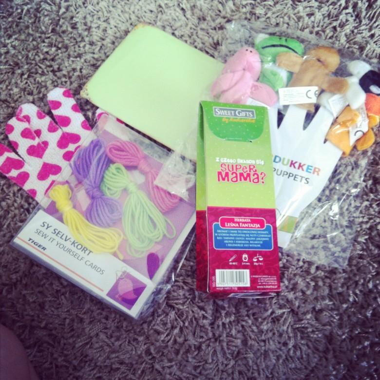 prezenty, które dostałam wraz z Kartką Dla Mamy :)