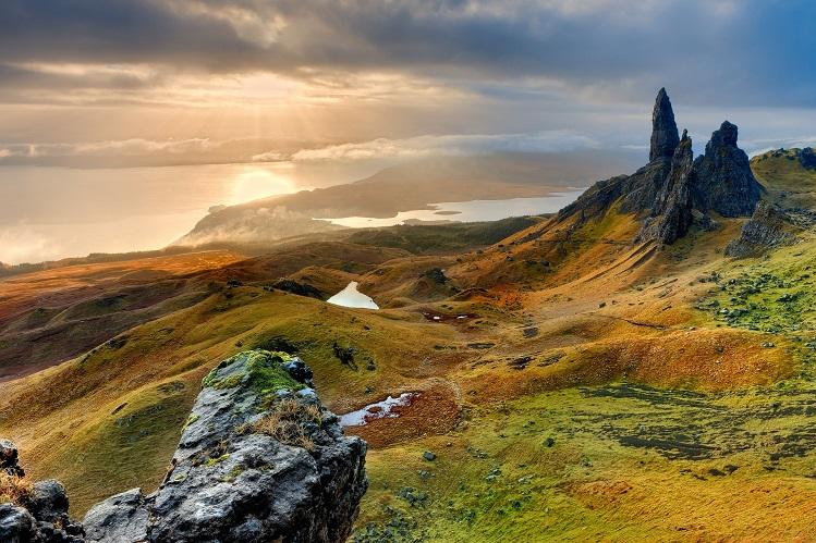 Vista general del Old Man of Storr, en Skye. Imagen de Frank Winkler