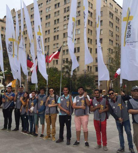 Los voluntarios papales celebraron a la Virgen del Carmen en Santiago