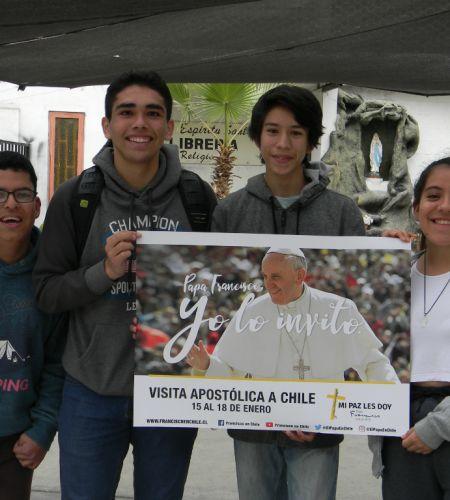 """¡Atención iquiqueños! Comenzó la campaña """"Papa Francisco, yo lo invito"""" en su ciudad"""