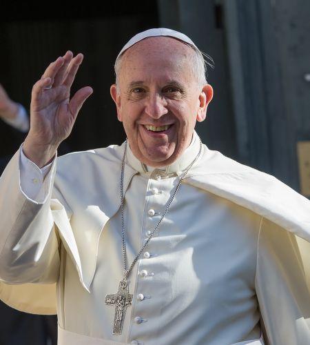 Miles de laicos preparan la visita del Papa Francisco